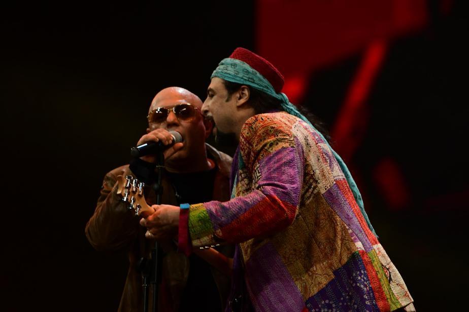 SooperJunoon -Ali & Salman rocking the stage