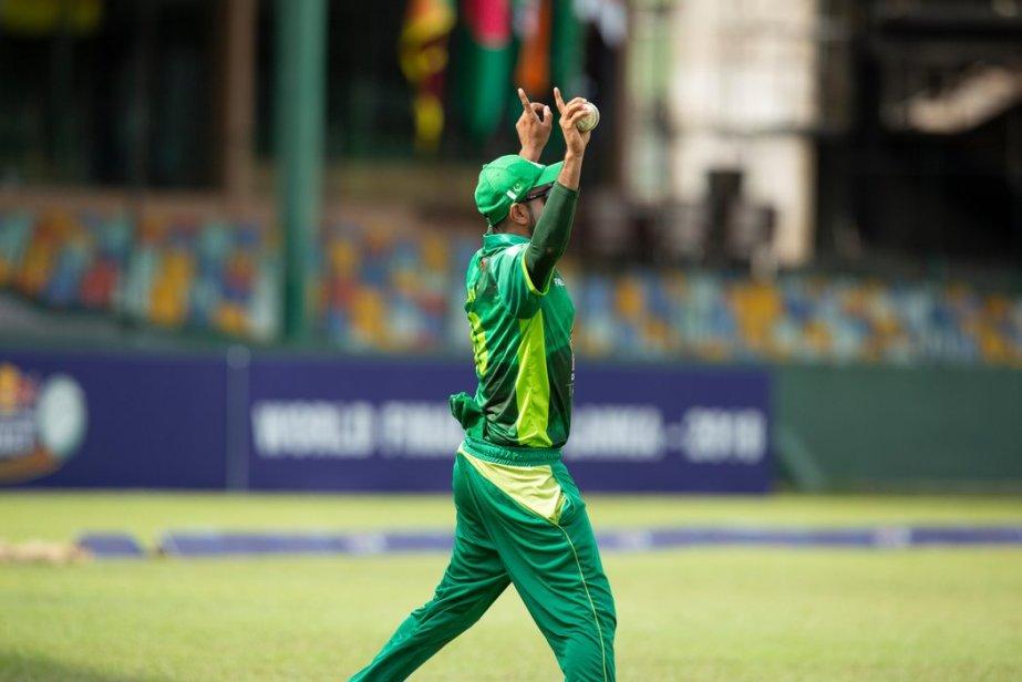 campus-cricket-player-celebrates-victory